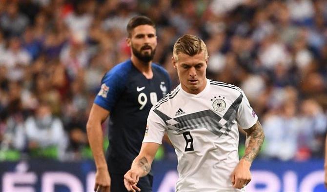 Fransa Almanya maçı izle Şifresiz İdman TV Canlı yayın